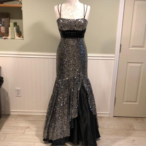 Flirt by Maggie Sottero Dresses   Promformal Mermaid Gown   Poshmark